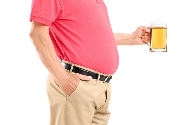 """が 乾き やすい 喉 高齢者は喉の乾きを感じづらい!認知症の原因のひとつは""""水分不足""""!?水分摂取を拒む高齢者には、団らんの時間を設けると効果的 介護の教科書 みんなの介護"""
